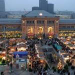 Weihnachtsmarkt vor dem Hauptbahnhof